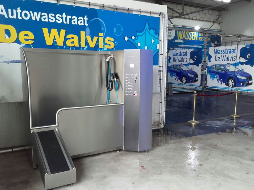 Dogwash-Carwash-de-Walvis
